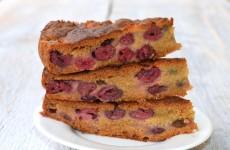 Gyors gluténmentes meggyes süti - nem csak gluténérzékenyeknek!