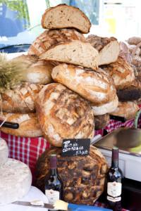 A gluténmentes pékség biztonságos gluténmentes kenyeret, kiflit, kalácsot készít.
