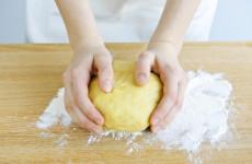 Sikérhelyettesítők - gluténmentes tészta gyúrás rejtelmei