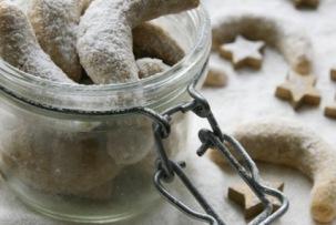 Gluténmentes vaníliás kifli recept alternatív gabonákkal.