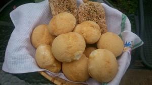 gluténmentes kenyérsütés és kóstoló. Kredenc bolt gluténmentes pékség