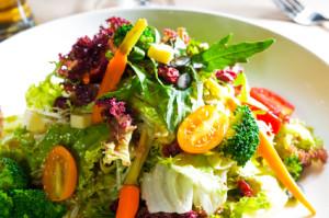 saláta, rostpótlás, lisztérzékenység