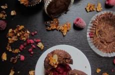 Málnás mandulás brownie - muffinformában sütve