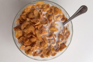 Nestlé gluténmentes corn flakes mézes mogyorós