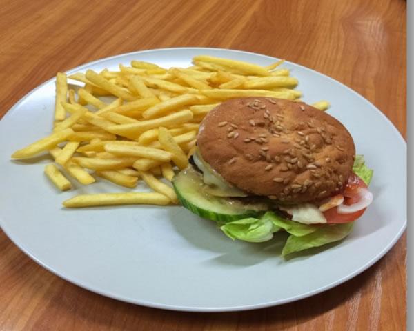Trófea Grill Étterem gluténmentes hamburger házhozszállítás