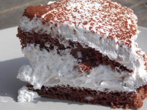 gesztenyés gluténmentes torta meggyel