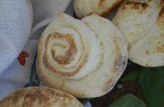 Reggeli gluténmentes péksütemények - kifli, zsemle briós