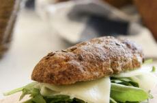 Tökéletes répás, diós, hajdinás bagett – IR barát, gluténmentes pékáru