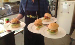 köles gluténmentes hamburger