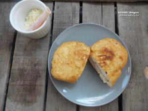 sajtos, sonkás töltött gluténmentes lángos recept