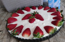 Sütés nélküli epres gluténmentes süti, laktózmentes, tojásmentes