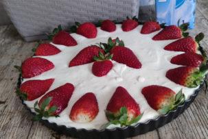 sütés nélküli gluténmentes epres süti recept