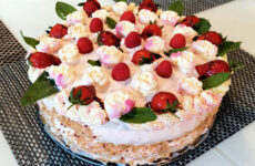 Epres joghurtos gluténmentes torta - Iri mama konyhája