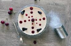 Sütés nélküli meggyes tej- és gluténmentes torta