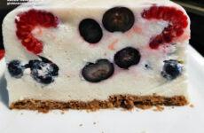 Gluténmentes gyümölcsös joghurttorta sütés nélkül