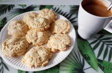 Gluténmentes mikróban sült gluténmentes keksz